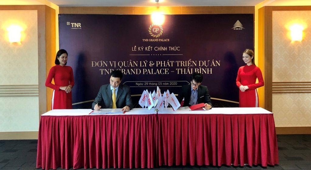 Hình ảnh lễ ký kết giữa Công ty CP Bất động sản Mỹ - TNR Holdings Việt Nam