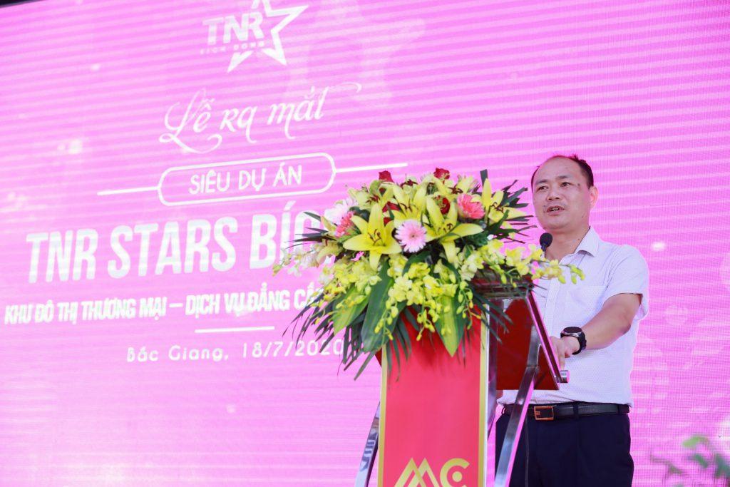 Đại diện chính quyền Ông Nguyễn Văn Phương, phó chủ tịch thường trực UBND huyện Việt Yên phát biểu chia sẻ thông tin về dự án và huyện Việt Yên