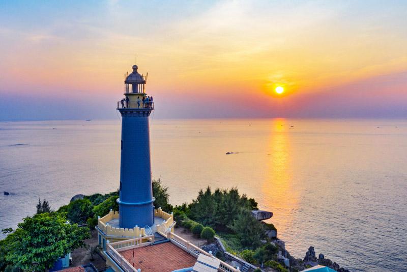 Hải đăng Đại Lãnh – Mũi Điện – Nơi đón bình minh đầu tiên trên đất liền Việt Nam