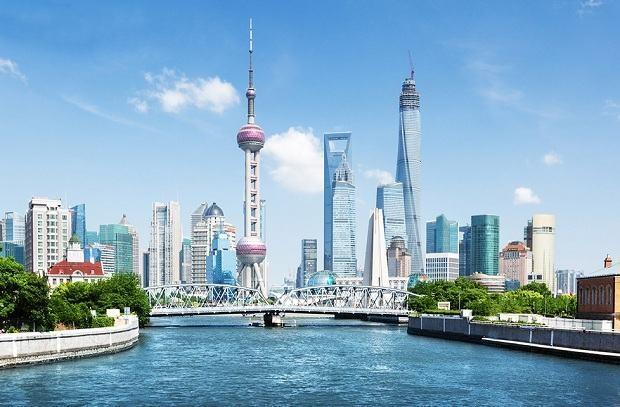 Thành phố cảng Thượng Hải với con Sông Hoàng Phố nền kinh tế phát triển bậc nhất Trung Quốc.