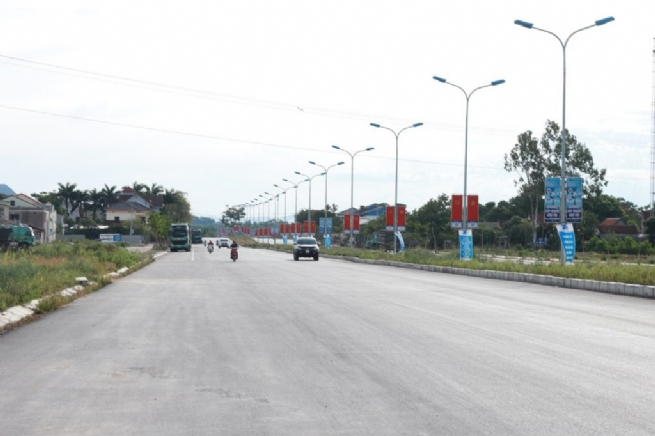 Đại lộ mới Hùng Vương rộng 52m – điểm nhấn thay đổi bộ mặt Thái Hòa thúc đẩy phát triển kinh tế và tiến tới đô thị loại III chuẩn thành phố trung tâm Tây Bắc – Nghệ An.